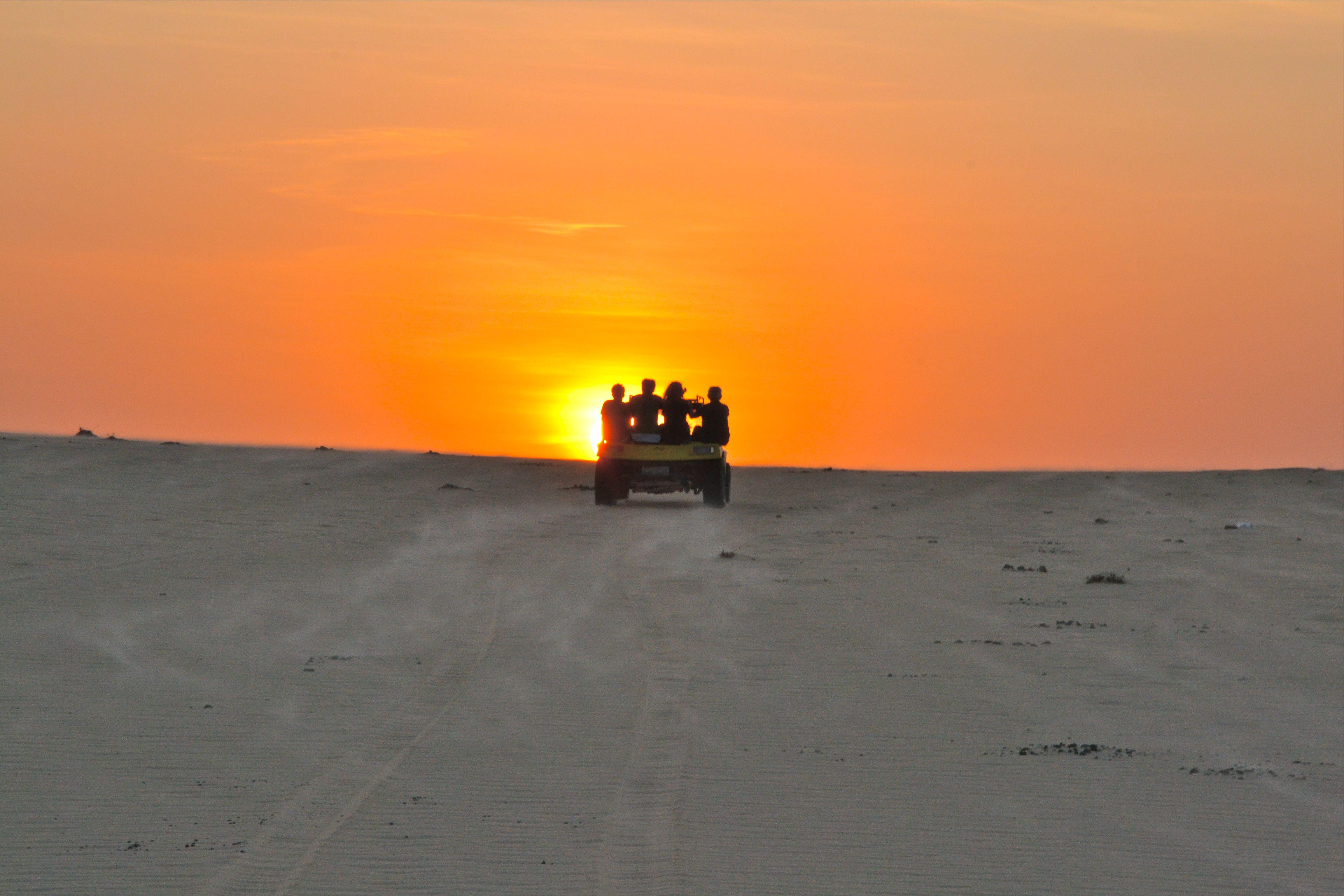 Coucher de soleil dans les dunes - A quelle heure se couche le soleil ce soir ...